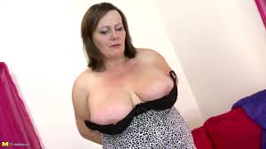 Sexy big boob mom videos