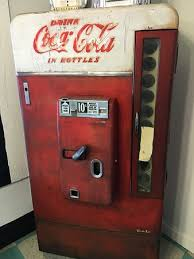 Old Coke Vending Machine Classy Cool Old Coke Machine On The Premises Picture Of Pink Cadillac