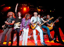 <b>Foreigner Live</b> - YouTube