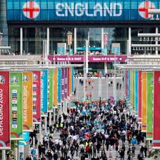 The czech republic takes on england at wembley, while simultaneously croatia and scotland do battle at. N Yupe1a1syltm