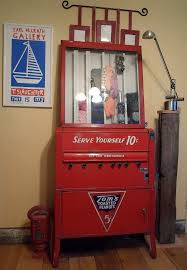 Do Vending Machines Take Dimes Magnificent 48 Best Vending Machine Images On Pinterest Vending Machines