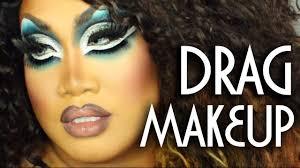drag queen eye makeup