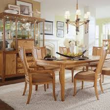 Dining Room Centerpieces Ideas