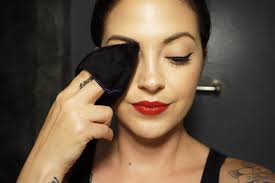 the makeup mitty is a larger mitty that s great for using on your whole face one order gets you 3 mitty s for 32 50