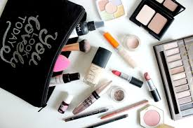 what s in my everyday makeup bag kate emma loves