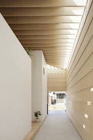 Designs by Style: Outdoor Hallway - Japanese Minimalism