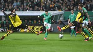 Werder bremen is going to play their next match on 30/01/2021 against fc schalke 04 in bundesliga. Bundesliga Warum Eine Ausstiegsklausel Fur Werder Bremen Bei Milot Rashica Zum Problem Wird Der Spiegel
