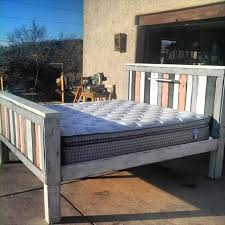 pallet bed headboard footboard diy super easy plan