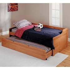 boy-bedroom-design-with-oak-wood-trundle-bed-