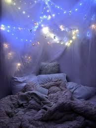 Fairy Lights Inspo Pin By Jana Hany On Hot Dream Rooms Bedroom Decor Cute