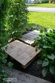 walkway out of pallet