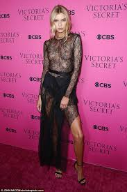 forgetting something stella maxwell ditched the undergarment as she attended a viewing party for the