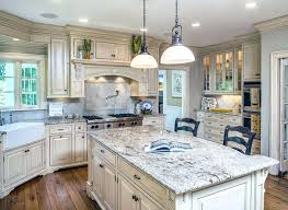 Antique white kitchen ideas Fairford Best Off White Kitchens Ideas On Off White Kitchens With White Cabinets Gorgeous White Country Kitchens Best White Kitchen Cabinets Ideas Netyeahinfo Antique White Kitchen Cabinets Amazing Photos Gallery Kitchens With