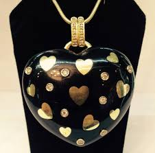 onyx diamond gold large doublesided puffy heart pendant in new condition for in new york
