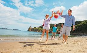 Famliy Holiday How To Find Cheap Holiday Deals For An Awesome Family Holiday