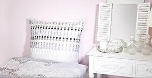 Camera da letto rosa: delicato romanticismo dalani