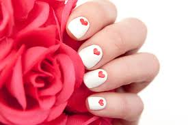 4 Easy Valentine's Day Manicures That You'll Love (Even if You ...