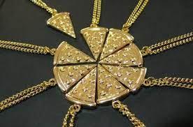 Pizza Necklace BFF Me carlee jaz Nell Mack Kristie Hannah Hana julai | Bff  necklaces, Friend necklaces, Pizza necklace friendship