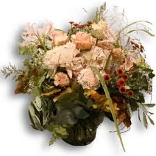 Our premium local florists will deliver by hand bouquets, flower arrangements, cakes, and many other gifts. Flower Delivery Bern Online Florist Bern