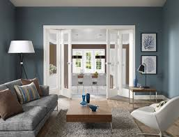 image shows white freefold frame featuring 4 x pattern 10 with clear glass doors