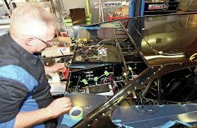 how to wire your own race car hot rod network how to make a race car wiring harness elgin suport wire1