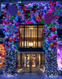 Saks Fifth Avenue Holiday Windows 2016