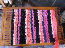 1 diy rag rug on a homemade loom