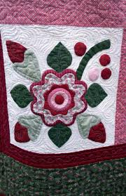 Karen's Quilts, Crows and Cardinals: Airing of the Quilts! & If you've never attended an