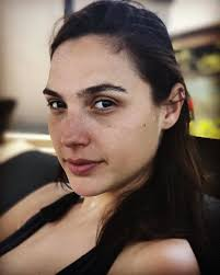 wonder woman aka gal gadot is one stunning personality and she doesn t fear to go without makeup look anytime over the makeup on looks