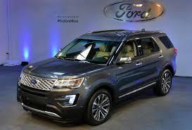 2016 Ford Explorer Gets New Face, Tech, Engine and Platinum Trim ...