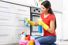 top tips to clean kitchen cabinets foodal com