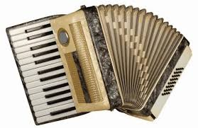 Gambar alat musik tradisional kalimantan utara babun. 60 Alat Musik Tradisional Indonesia Daerah Asal Gambar Dan Penjelasan