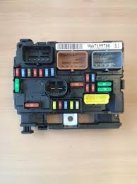 peugeot fuse box diagram peugeot auto wiring diagram database peugeot 207 fuses fuse boxes on peugeot fuse box diagram 207