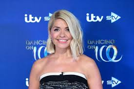 Последние твиты от holly willoughby (@hollywills). Holly Willoughby At 40 From Children S Tv To Prime Time Regular The Leader