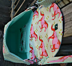 So Sew Easy Cross Body Bag Pattern Release!   Stoney Sews & As bag making goes, I would rate it an advanced beginner bag pattern BUT  challenging enough that an experienced bag maker would enjoy sewing it up  and they ... Adamdwight.com
