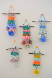 best diy ideas for teens to make this summer easy diy weave wall hanging