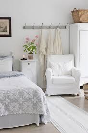 White Bedroom The 25 Best White Bedrooms Ideas On Pinterest White Bedroom