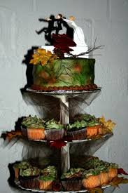 Beautiful Camouflage Wedding Cake With Camouflage Wedding Cakes ...