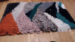 picture of t shirt latch hook rug