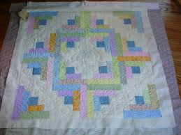 Log cabin baby quilt with Teddy bear quilting & Name: DSC03380.JPG Views: 6053 Size: 555.7 ... Adamdwight.com