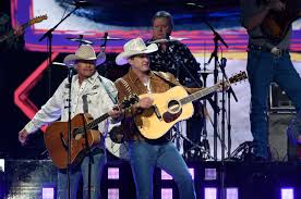 alan jackson and jon pardi perform at the 53rd academy of country awards live from the mgm grand garden arena in las vegas sunday april 15