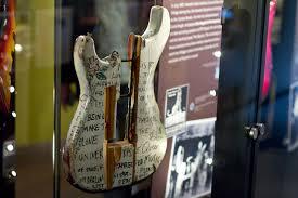 jimi hendrix s guitars and gear hendrix seville stratocaster