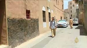 نزل نزوى التراثية قبلة الزائرين والسياح/ تقرير قناة #الجزيرة - YouTube