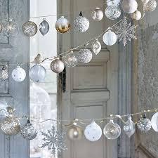 Ornaments Weihnachtsdeko Weiß Gold Christbaumschmuck Und