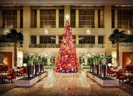best hotel christmas decorations images  photo essay sparkling hotel lobbies decked out for christmas