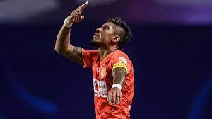الأهلي يعلن تعاقده مع البرازيلي باولينيو