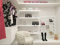 top small walk in closet