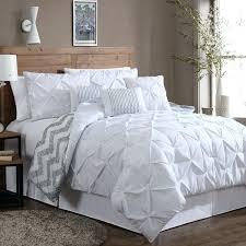 white fluffy comforter full