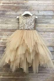 2019 Cute Champagne Tulle Flower Girls Dresses Shining Gold Sequins Sleeveless First Communion Dresses Girls Pageant Gown Custom Made Bonnie Jean