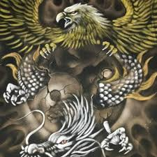 Tak heran jika sinetron 7 manusia harimau sangat cepat naik daun karena di bintangi oleh 7 artis ternama indonesia. Jual Kaos Lukis Unik Keren Naga Vs Rajawali Kab Bandung Dinkazzhop Tokopedia